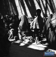 rezando-templo-paucartambo-1942